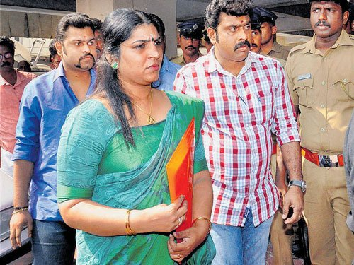 Gave Rs 20 L to police body, claims Saritha