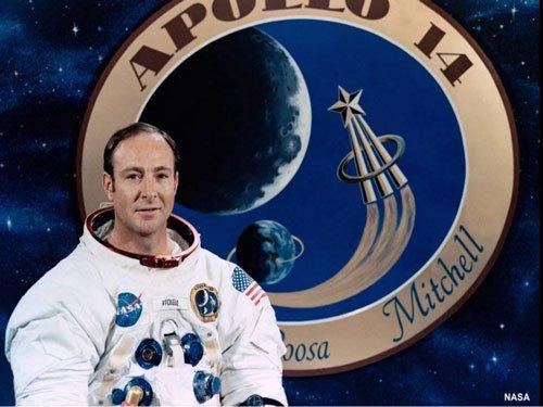 Edgar Mitchell, astronaut who walked on Moon, dead at 85