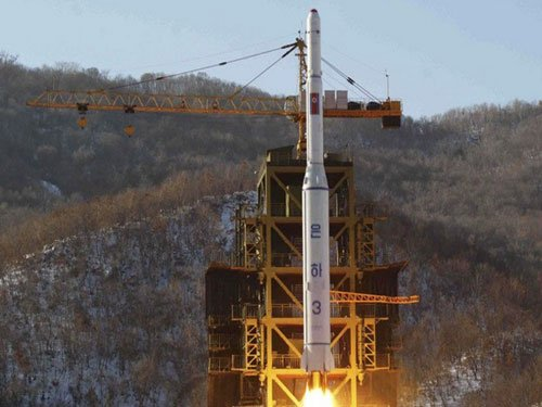 N Korea launches space rocket in defiance of sanctions threats