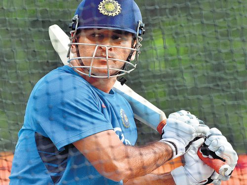 We lost but taking lot of positives from the game: Dhoni