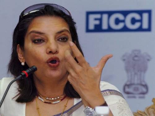 Owe no explanation to the world:Shabana on Farhan-Adhuna split