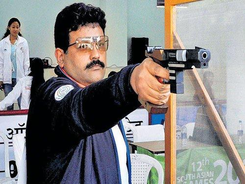 Chain, Samresh lead Indian charge