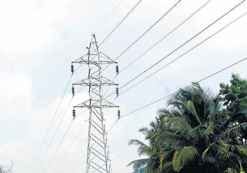 Revise power tariff periodically, Centre tell states