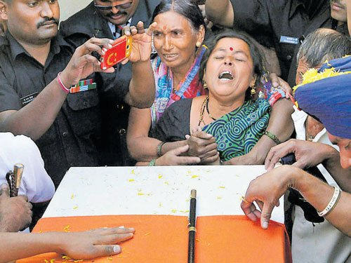 Sepoy Suryawanshi laid to rest in Satara