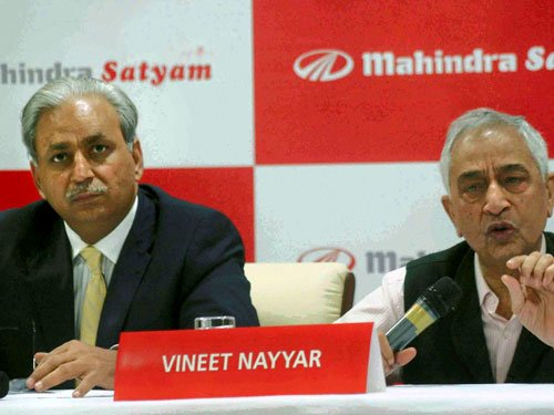BAE Systems selects Mahindra as India partner for gun deal
