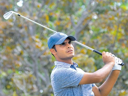 Sharma fires 65 to jump into lead