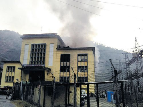 Fire at Sharavathi hydroelectric station may hit power supply