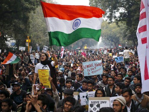 National flag should also fly atop RSS headquarters: JNUSU