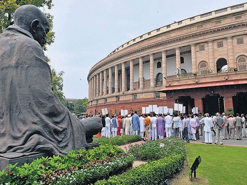 Govt stares at bumpy Budget Session
