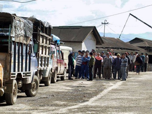 Naga students to block Manipur vehicles