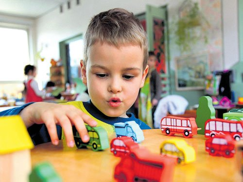 The pros and cons of choosing the right pre-school