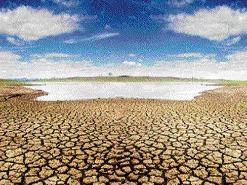 Central team begins tour  of drought-hit districts