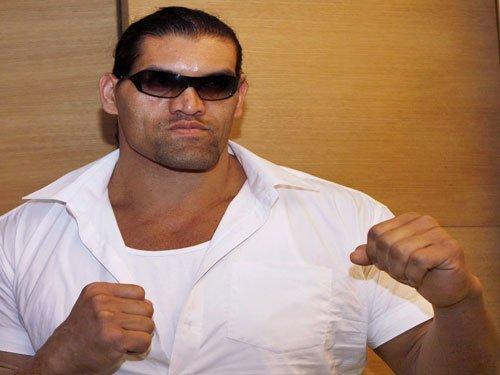 Khali suffers severe injury in a fight