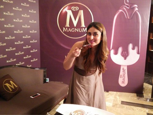 When Kareena used to eat ice cream hiding from mother!