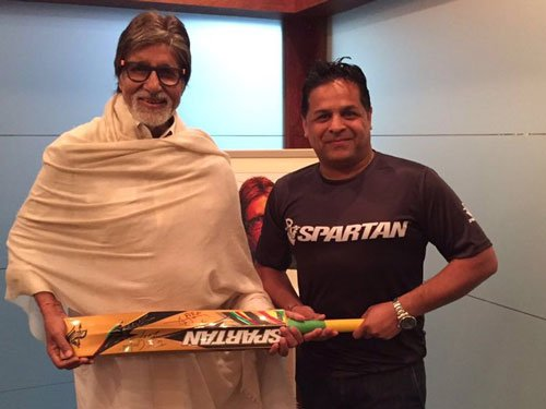 Chris Gayle gifts his bat to 'legend' Amitabh Bachchan