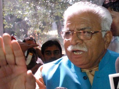 Khattar asks people to share info about Murthal incident