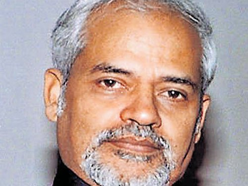 Risk-takers necessarily become controversial: Valson Thampu