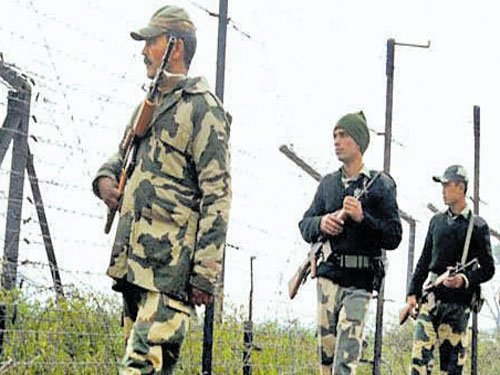 3 Pathankot suspects sent to police custody in Pak