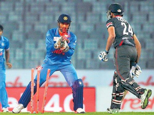 India hammer listless UAE