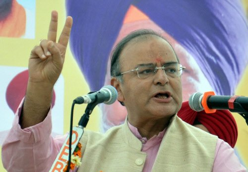 Jaitley attacks Rahul for sympathising with those who want to 'break India'