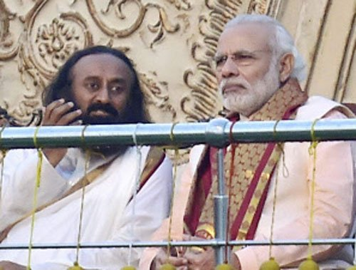 At AoL fest, Modi says be proud of our culture