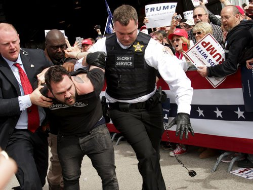 Man tries to breach security line at Trump rally