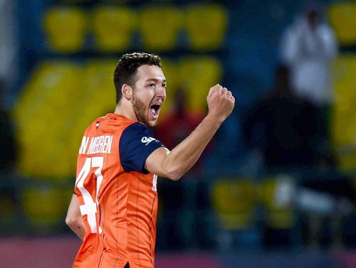 Paul snares four as Dutch post win