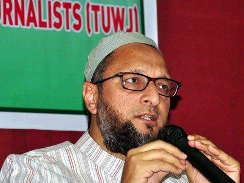 Complaint against Owaisi for refusing to say 'Bharat Mata ki jai'