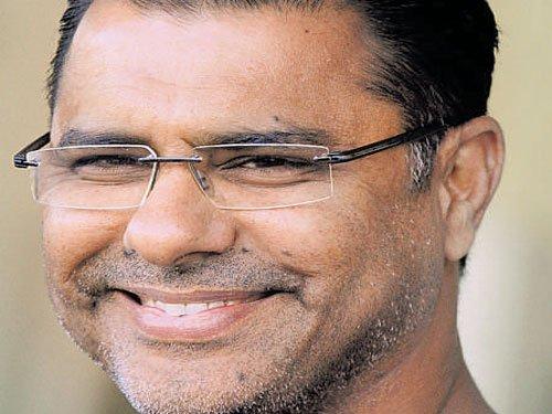 Waqar plays mind games, says India under pressure