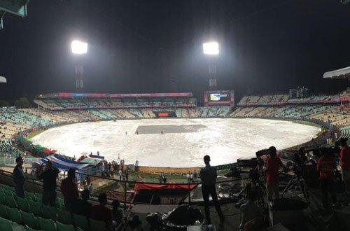 Rain threatens to play spoilsport in Indo-Pak showdown