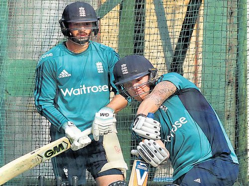 England, Lanka in crucial tie