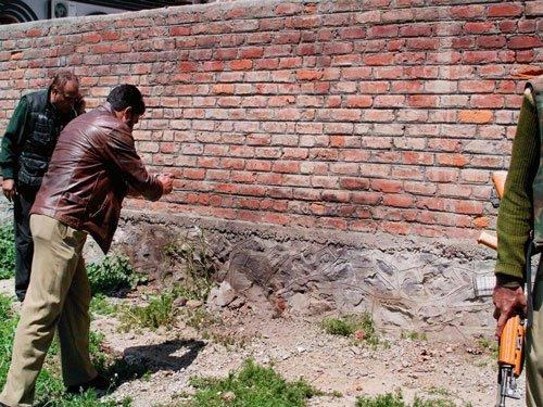 J&K: Two army jawans, one civilian injured in grenade blast