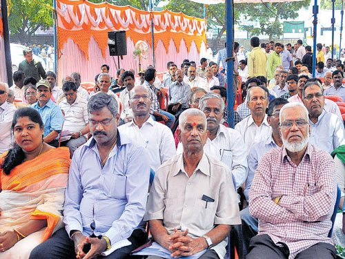 Civic woes brim over in Pulakeshinagar