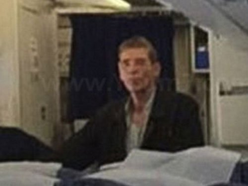 Hijacker of EgyptAir jet arrested as Cyprus airport drama ends