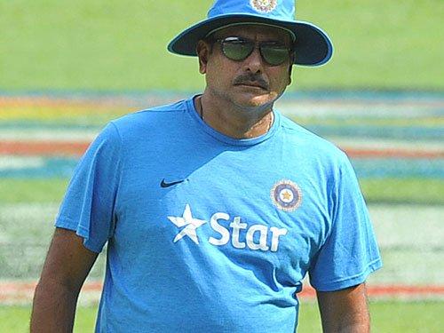 Shastri calls on under-performing batsmen to deliver
