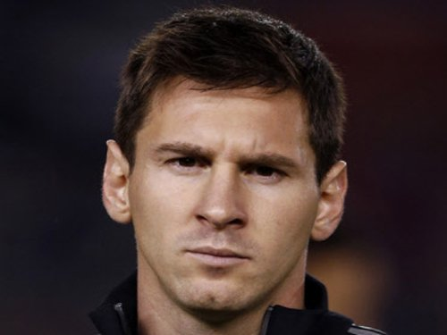 Messi provokes outrage in Egypt by donating boots