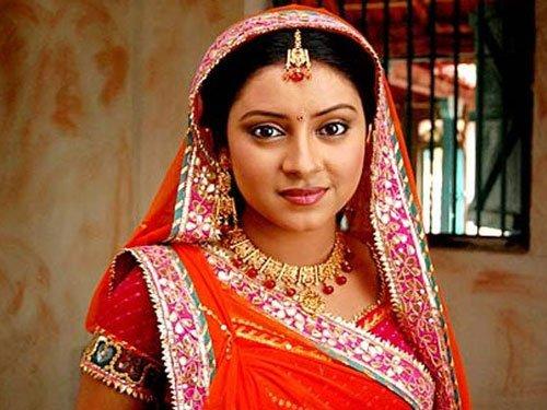 TV star Pratyusha Banerjee found dead at her home