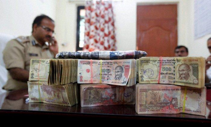 Unaccounted money seized  in Tamil Nadu crosses Rs 20 cr