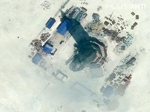 China opens its new lighthouse in disputed SCS
