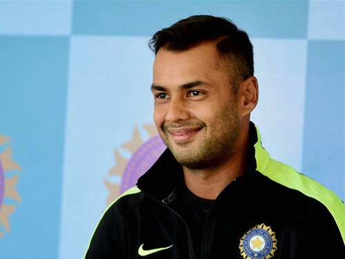 I am not vying for allrounder's spot with Watson: Binny