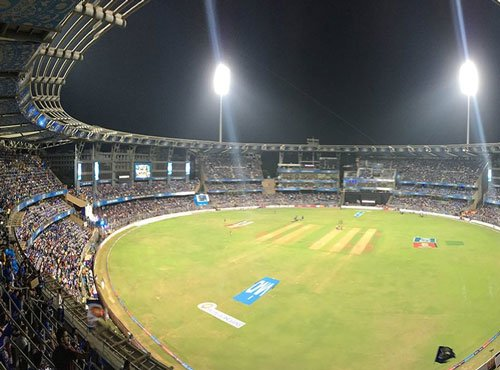 MI win toss, elect to bat against Pune in IPL opener