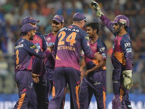 Debutants Rising Pune restrict MI to 121/8 in IPL opener