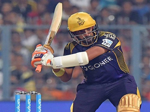 Knight Riders roar past Daredevils in season opener