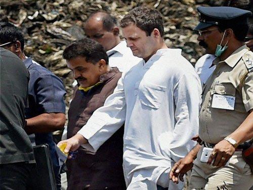 Rahul visits Deonar ground, slams Modi over Swachch Bharat