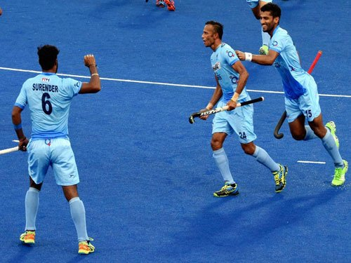India lose 1-2 to NZ, need a win over Malaysia for final berth