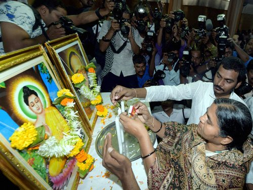 Rohith Vemula's mother, brother embrace Buddhism