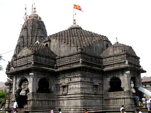 Trimbakeshwar allows entry of women with rider, activists resent