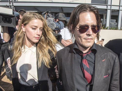 Johnny Depp, Amber Heard apologise for illegally smuggling their dogs