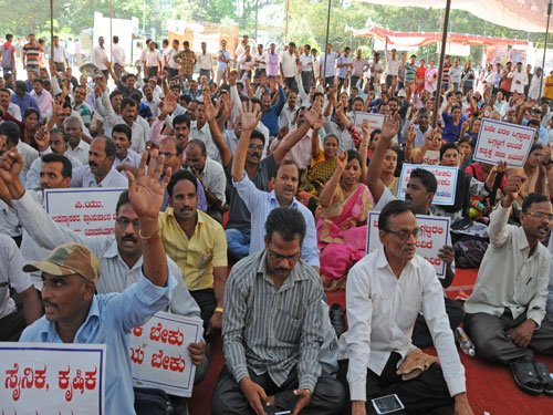 Ultimatum to striking PU lecturers