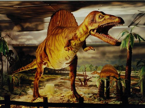 Dinosaurs struggled to survive long before asteroid hit